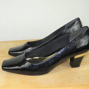 J. Renee Shoes Pumps Heels Size 9 1/2 M